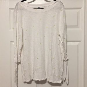 Old Navy XL 3/4 Sleeve White Tee with Lemons